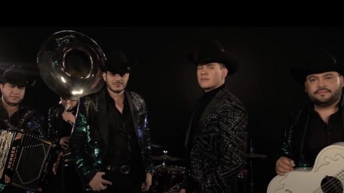 """Chayín Rubio y Colmillo Norteño unen estilos con """"Pregúntale"""""""