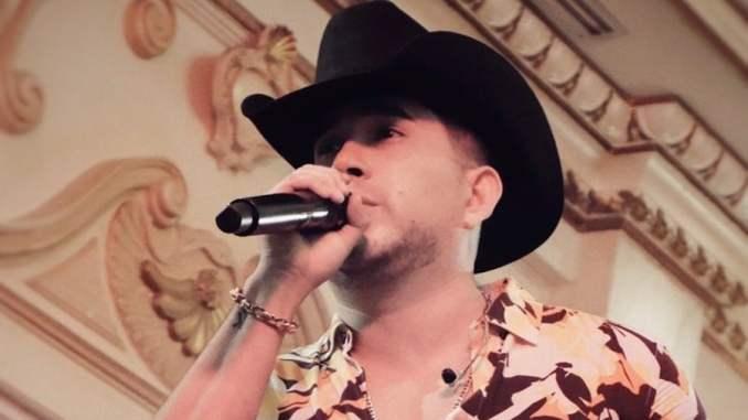 """El Bebeto interpreta con sentimiento su nuevo sencillo """"Fui tan feliz"""""""