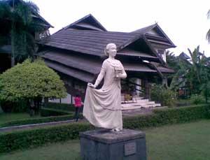Anjungan Nusa Tenggara Barat di TMII