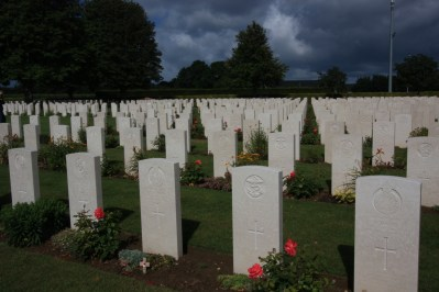 commonwealth war cemetery normandy beaches