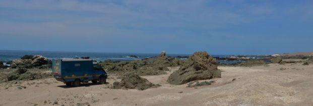 playa arena blanca south peru
