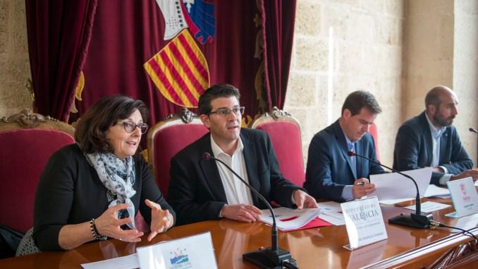 Rodríguez junto a Cerdà, Seguí y Tortosa durante su visita a La Canal.