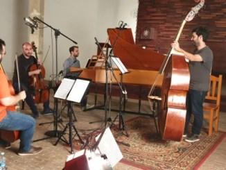 Cuarteto Nelken, Carlos Montesinos y Capella de Ministrers han dado forma a sus futuros proyectos en tres iglesias de la localidad