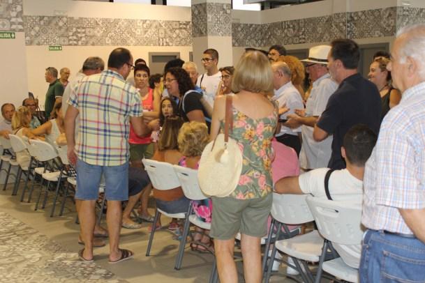 La sala El Mercado durante la venta de entradas.