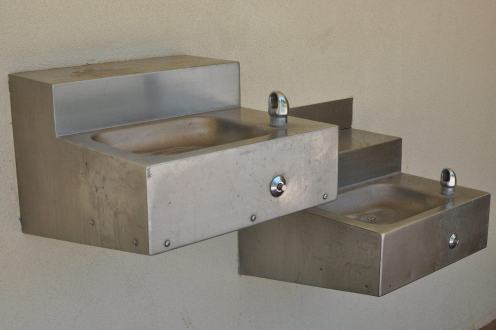 drinking fountains at Canada Del Oro Riverfront Park