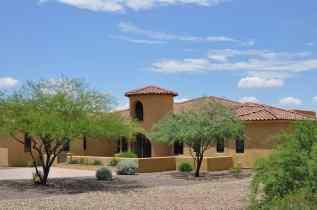 luxury custom homes at Coyote Creek Tucson