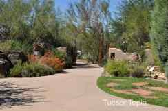 gated entrance at Tohono Chul Park