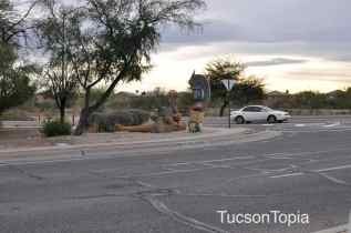 intersection of Golf Links and Pantano Parkway