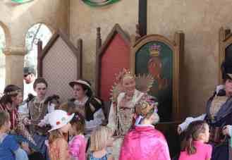 Queen's storytime