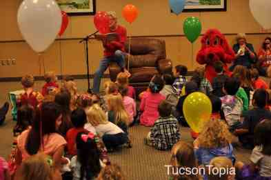 Clifford Storytime at Tucson Festival of Books