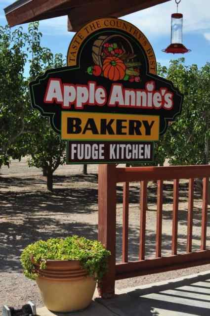 Apple Annie's Bakery and Fudge Kitchen