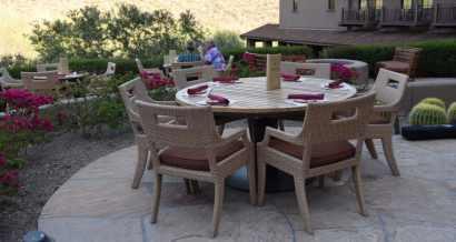outdoor seating at Ritz-Carlton Dove Mountain