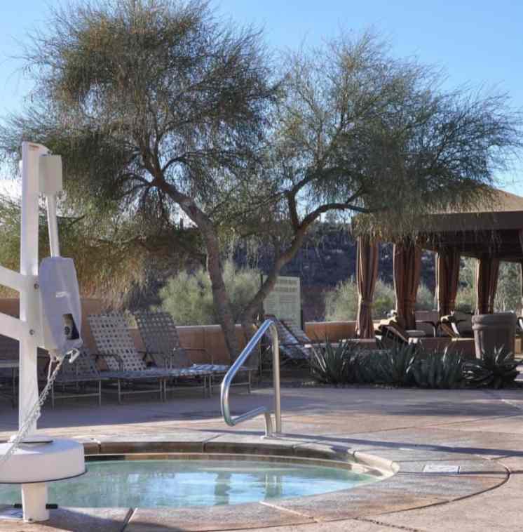 handicap accessible jacuzzi at JW Marriott Tucson Starr Pass