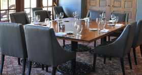 dining at Tucson Country Club