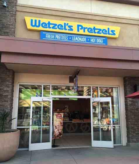 Wetzel_s Pretzels at Tucson Premium Outlets