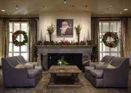 lobby Christmas at the Princess