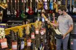 used guitars bookmans tucson