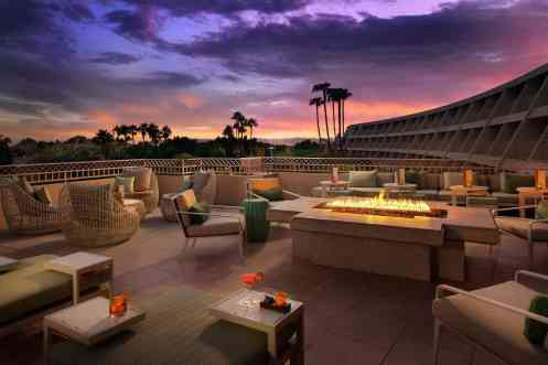 Thirsty Camel Patio Phoenician Resort Scottsdale