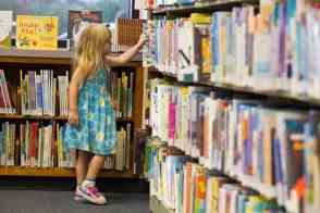 Child-at-Nanini-Library-Tucson