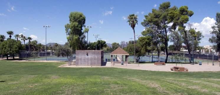 tennis courts Himmel Park Tucson