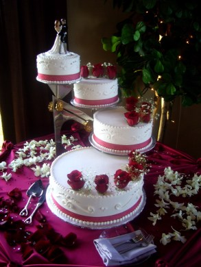 Beautiful Wedding Cake   My Tucson Wedding Wedding Cake A beautiful
