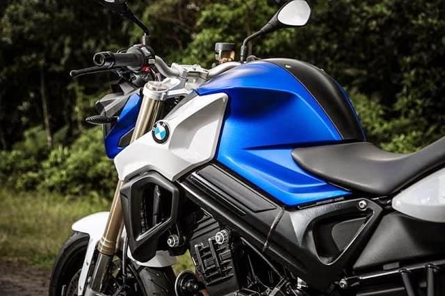 Nova BMW F800 R: Confira as mudanças no modelo 2015.