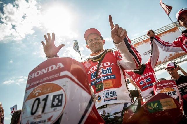 Jean Azevedo é hexa campeão do Rally dos Sertões - Foto: Marcelo Machado/VIPCOMM