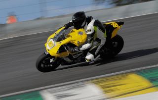 Yamaha vence as 500 milhas Brasil de Motovelocidade com a nova R1