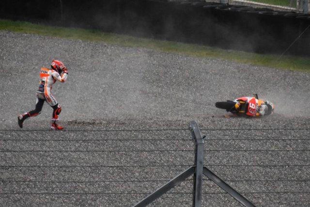 Márquez liderava quando caiu - Foto MotoGP