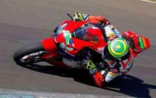 Goiânia recebe a penúltima etapa do Superbike Brasil