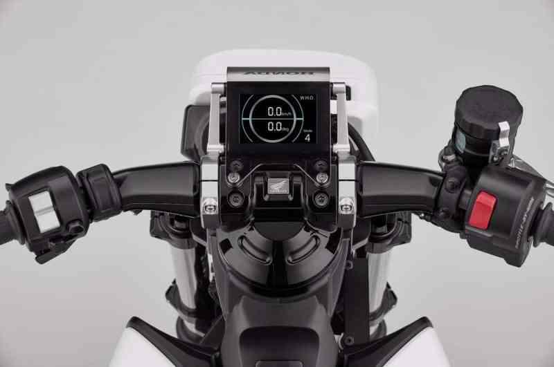 Honda cria moto elétrica para principiantes:Riding Assist-e
