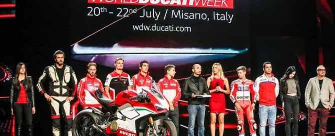 Ducati World Première 2018 - Danilo Petrucci, Andrea Dovizioso, Casey Stoner, Claudio Domenicali, Jorge Lorenzo, Michele Pirro, Chaz Davies