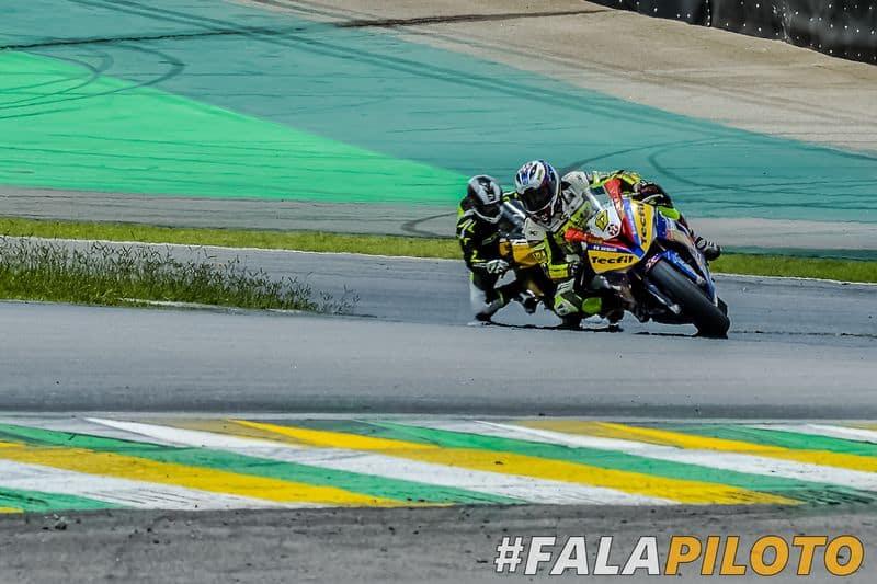 O piloto Danilo Lewis - #17 Marcos Carmona   VGCOM   Fala Piloto