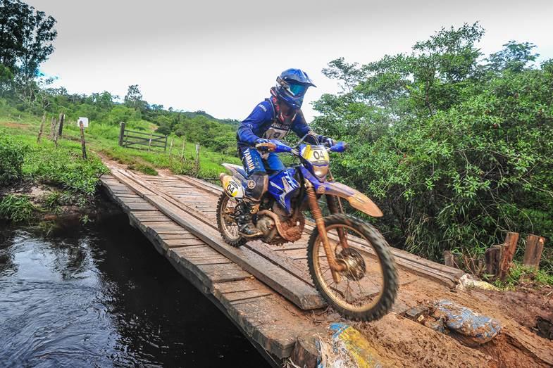 Rodrigo Khezam vence a primeira etapa do Brasileiro de Rally Baja