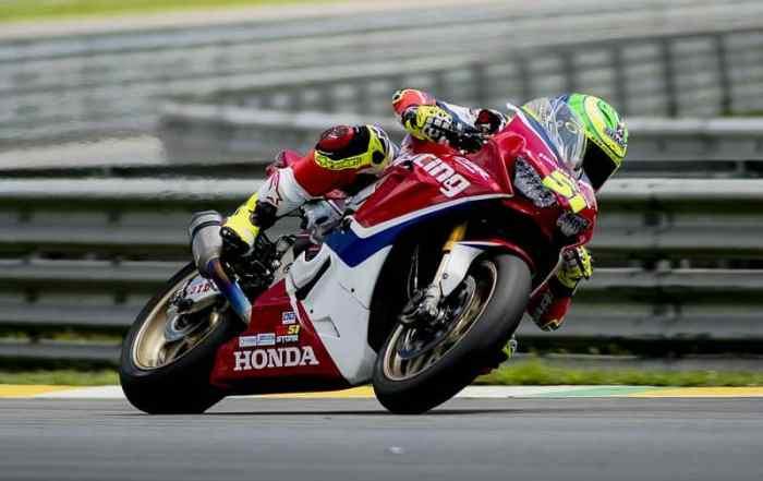 Eric Granado, piloto de motovelocidade da equipe Honda Racing no SuperBike Brasil. Crédito: Ricardo Santos/Mundo Press