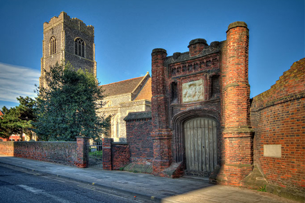 Wolsey's Gate via Ipswich Town & Waterfront