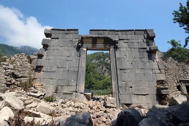 Tempel Ruine in Olympos