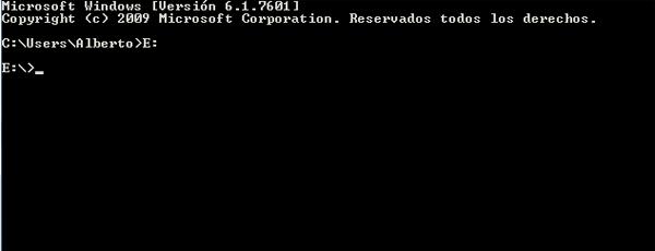 Cómo eliminar un virus desde tu USB de forma manual