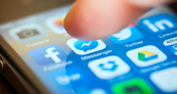 Facebook Messenger℗ comienza a exponer propaganda en todas partes