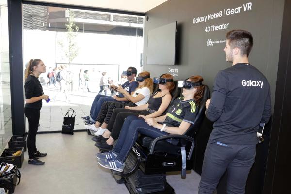 Samsung Studio, demuestra la RV y el Note ocho en el centro de Madrid