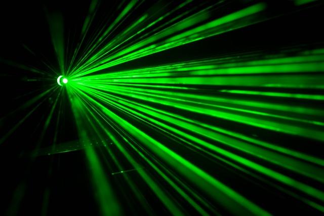 En el futuro cargaremos nuestros smartphones con rayos láser