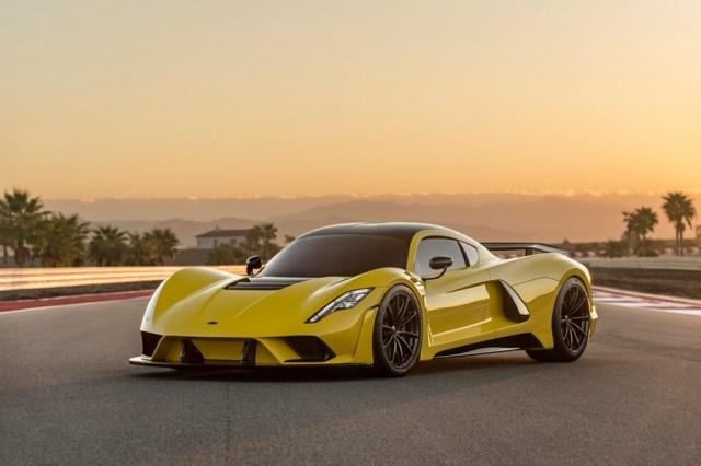 los 10 coches más rápidos del mundo(planeta) Venom
