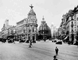 Calle Alcala y Gran Via 1920