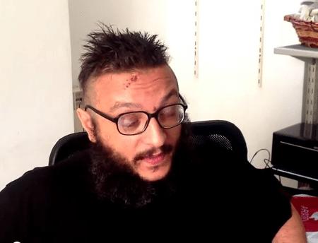 """Hacker com cancro no cérebro """"hackou"""" os seus registos médicos e publicou-os na net"""