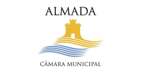 Câmara Municipal de Almada impedida de gastar 550 mil euros em Software Microsoft