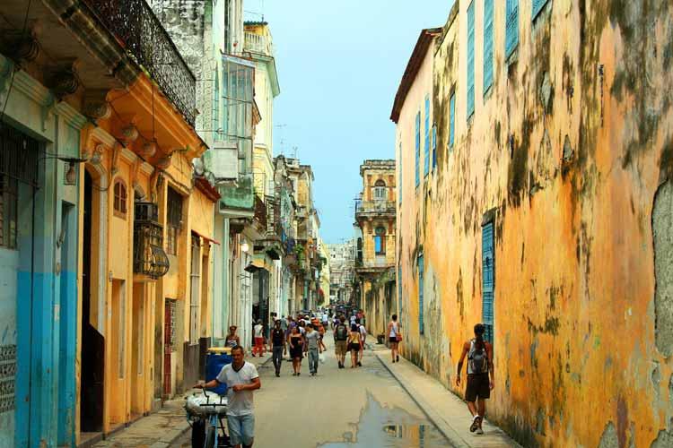 Calle de La Habana, Cuba
