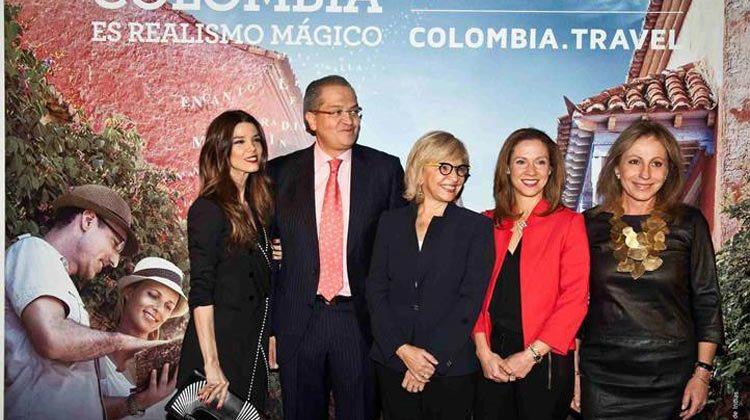 La actriz Juana Acosta, el Embajador de Colombia, la Ministra Álvarez-Correa y Aida Furmanski