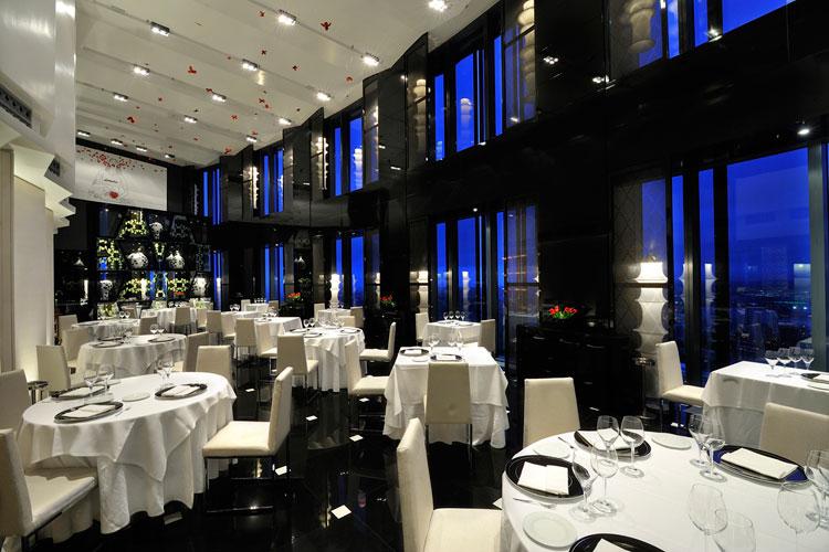 Restaurante Volvoreta. Nochevieja en el Eurostars Madrid Tower. Tu Gran Viaje