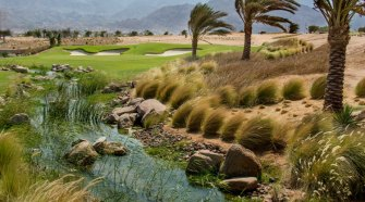 Campo de Golf en Jordania en el mar Rojo. Tu Gran Viaje revista de viajes y turismo