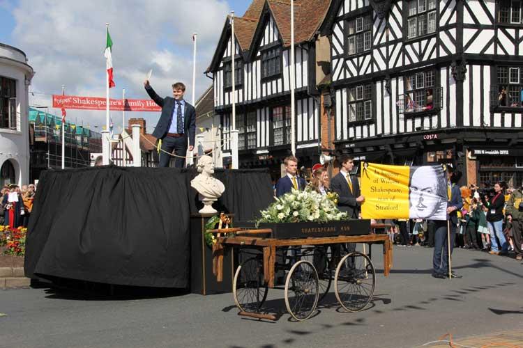 El cumpleaños de Shakespeare en Tu Gran Viaje | Razones para viajar a Reino Unido en otoño